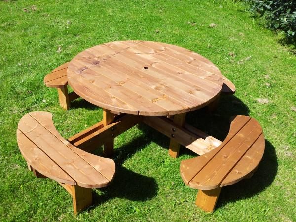 Heavy Duty Seat Round Picnic Pub Type Table Excalibur - Large round picnic table