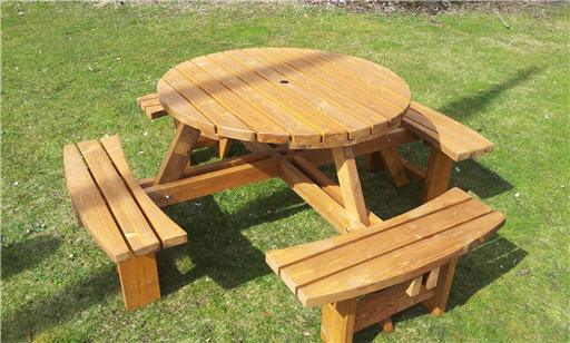 Great Value Seater Round Picnic Tables Mm Thick Excalibur - Round picnic table with benches